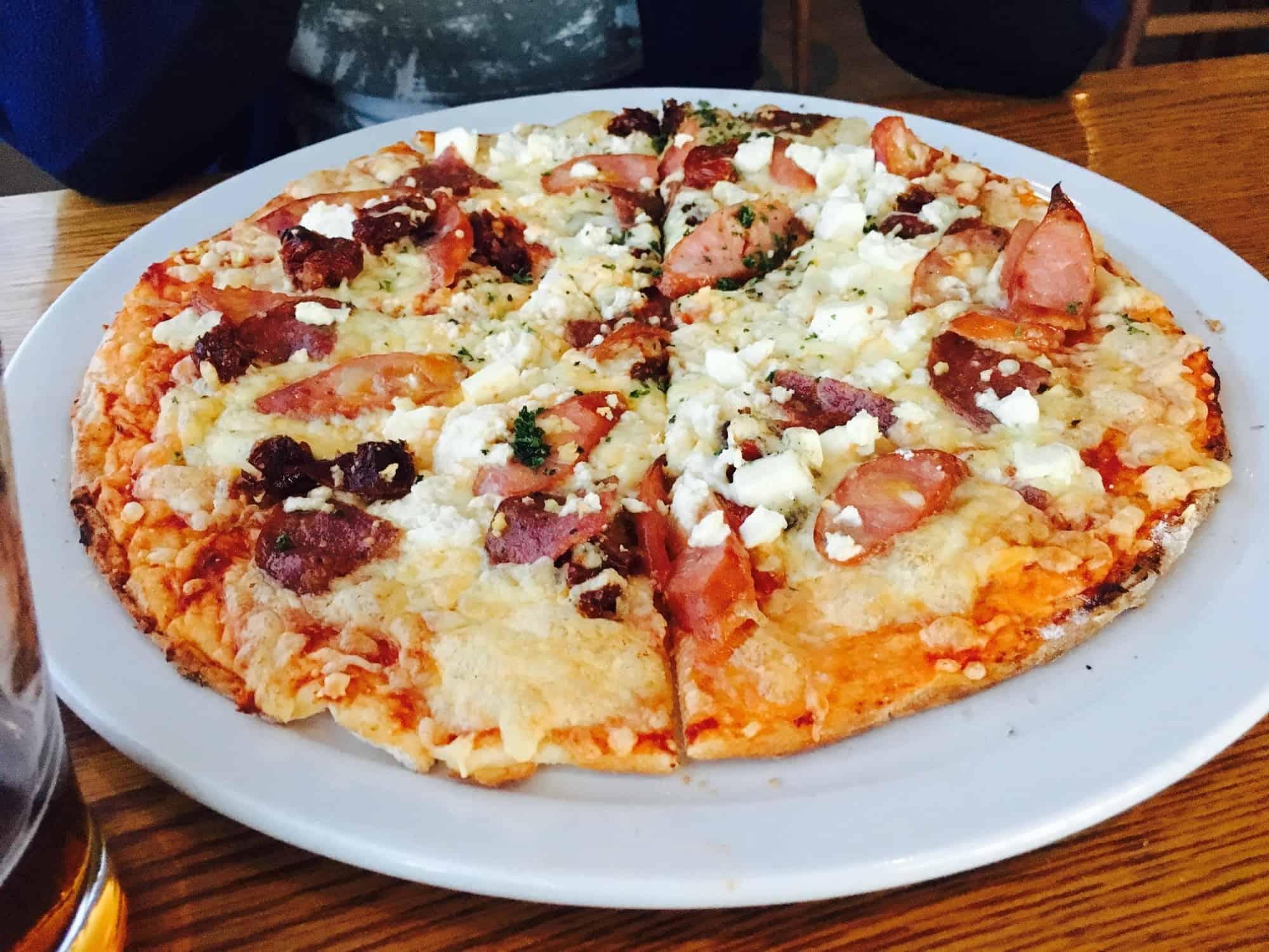 Pizza im 55 Knots