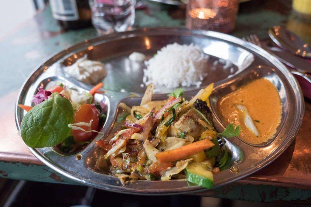 Leckeres Indisches Essen auf der Food Tour Stockholm