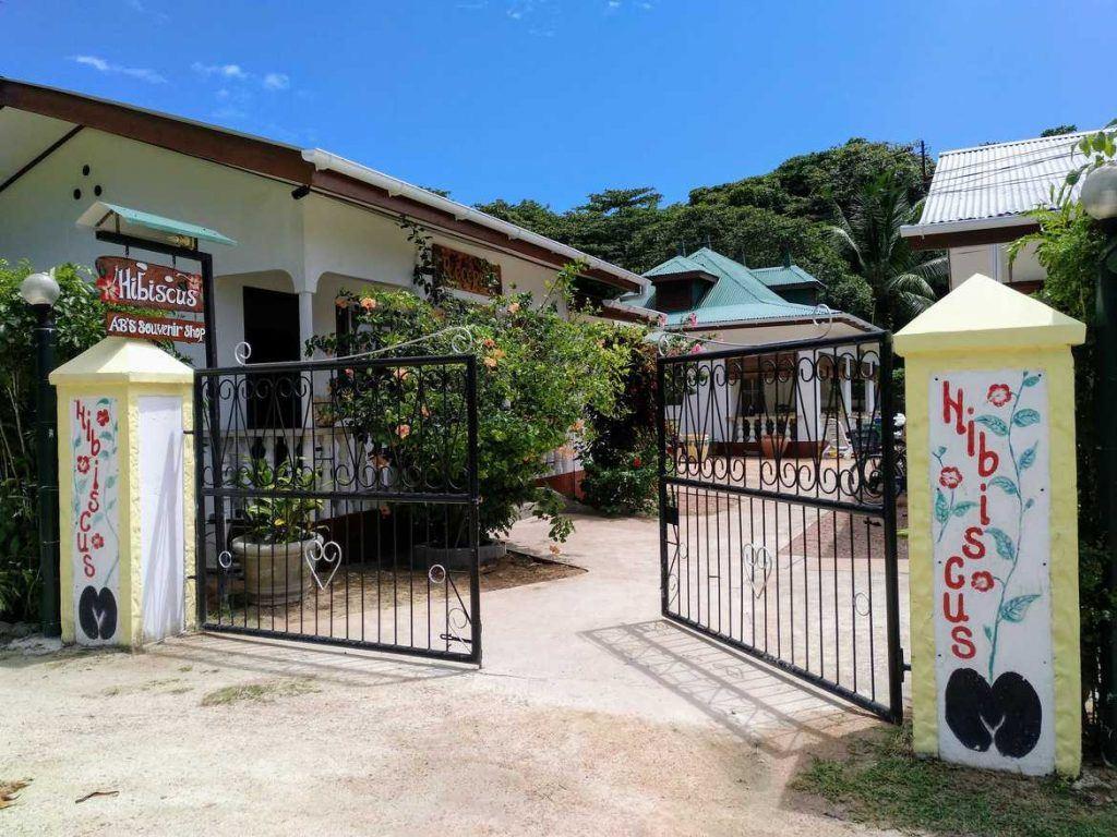 Anlage Pension Hibiscus auf La Digue auf den Seychellen