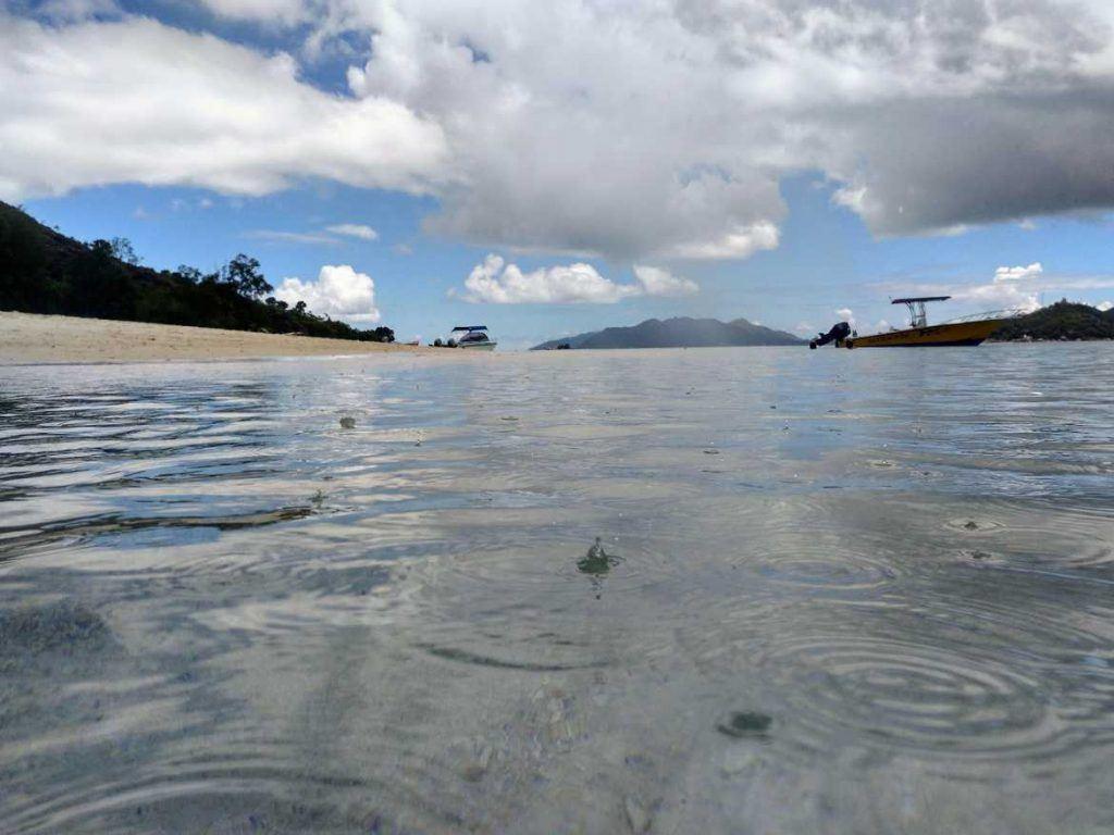 Regen auf Curieuse Seychellen Anse Volbert