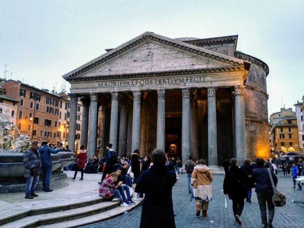 Außenansicht Pantheon in Rom Italien