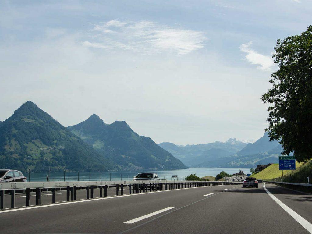 Autobahn in der Schweiz