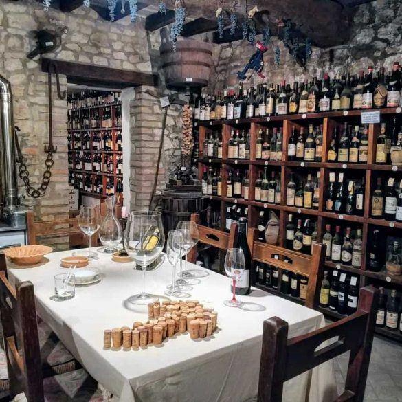 Weinkeller in Modena Italien