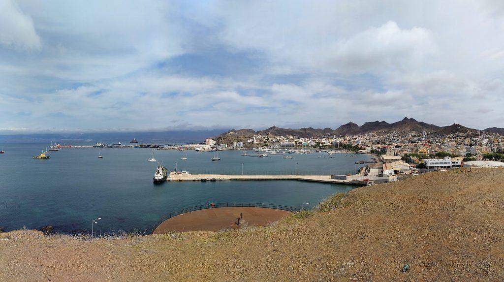 Aussicht über die Stadt Mindelo auf Sao Vicente Kap Verden